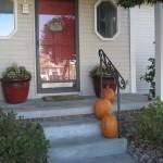 Around the House: Fall Porch Decor